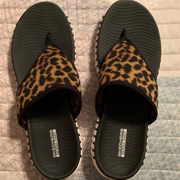 Skechers Shoes | Sandals | Poshmark
